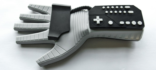 This Is the Power Glove Oven Mitt You Want To Buy